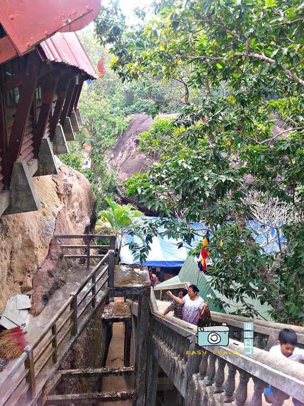 big budha stairs