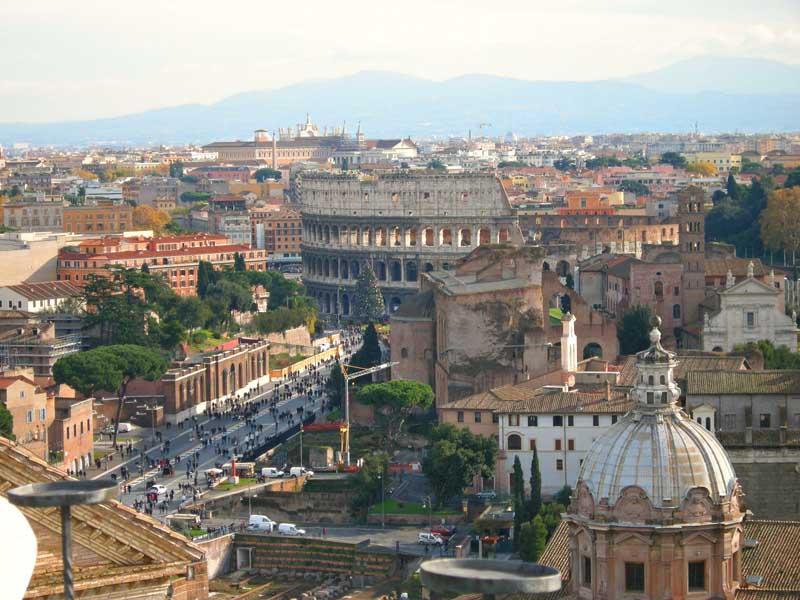 Вид на античный Рим