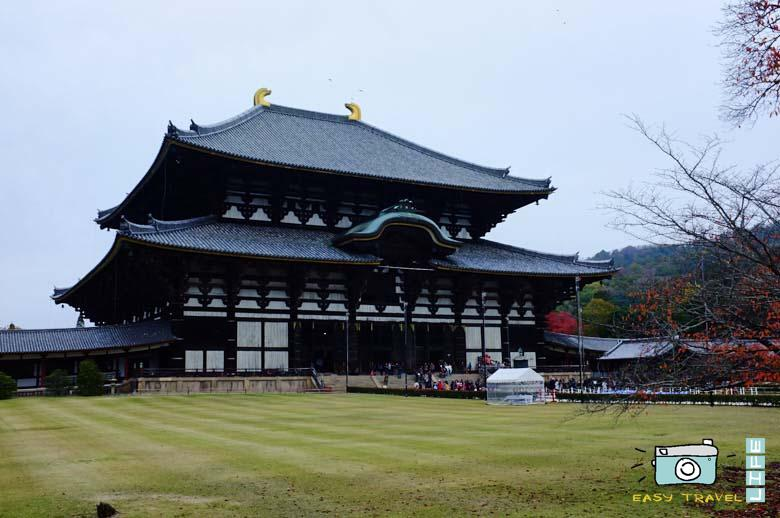 Biggest wooden temple